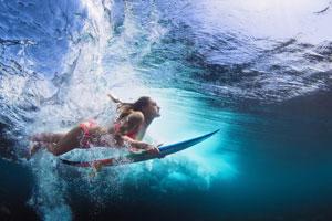 malediven-reisezeit-surfen