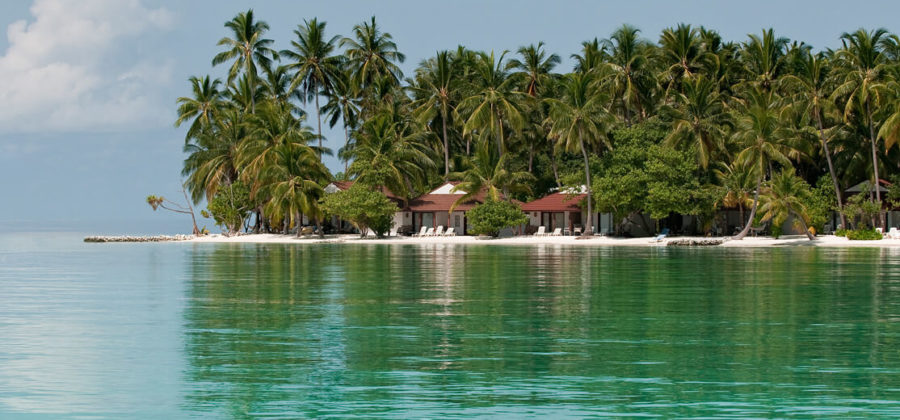Diamonds Athuruga Beach Bungalow vom Wasser