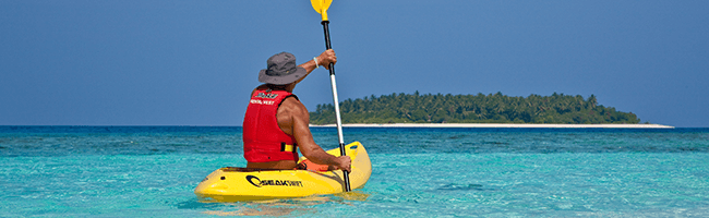 Reethi Beach Resort canoeing