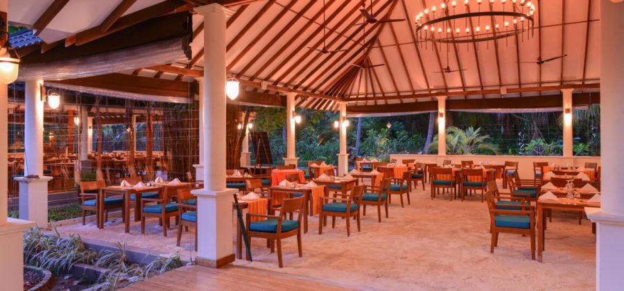 Adaaaran Select Meedhupparu Bar Sand