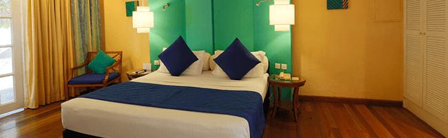 Adaaran Select Meedhupparu Beach Villa Bett
