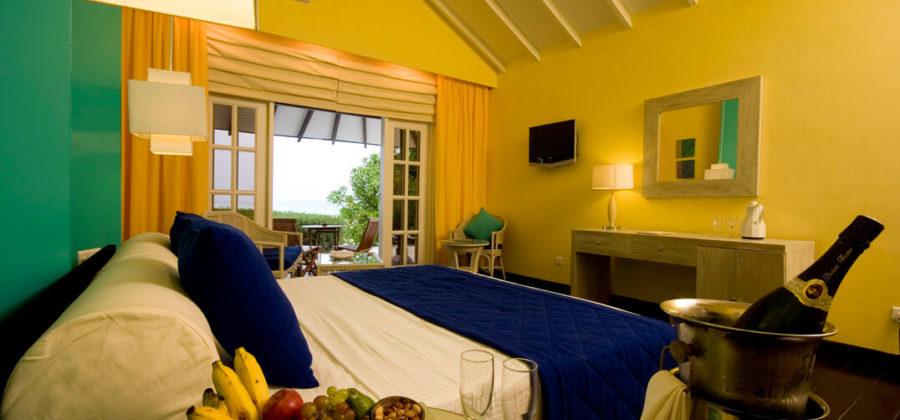 Adaaran Select Meedhupparu Beach Villa Empfang