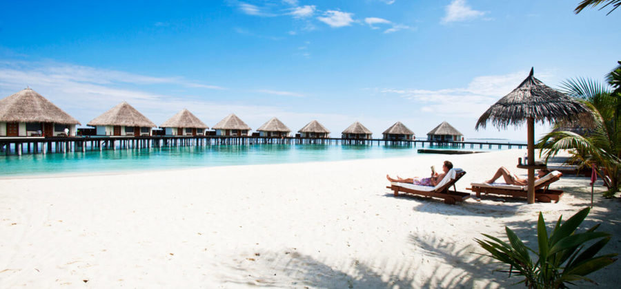 Adaaran Select Meedhupparu Strand und Water Villas