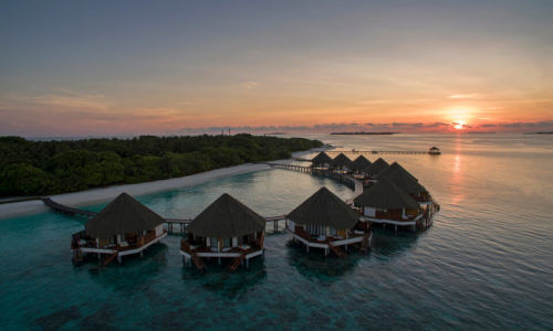 Adaaran Select Meedhupparu Water Villas Sonneruntergang
