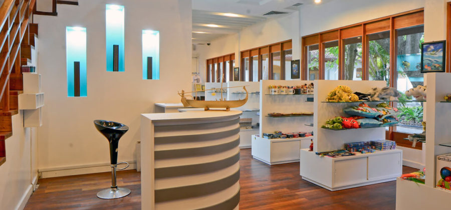 Bandos Island Resort Blue Coral Shop