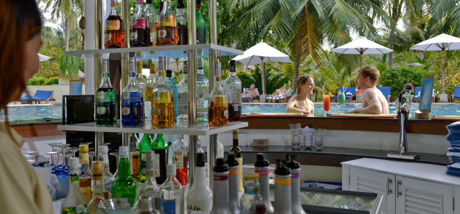 Bandos Island Resort Pool Bar