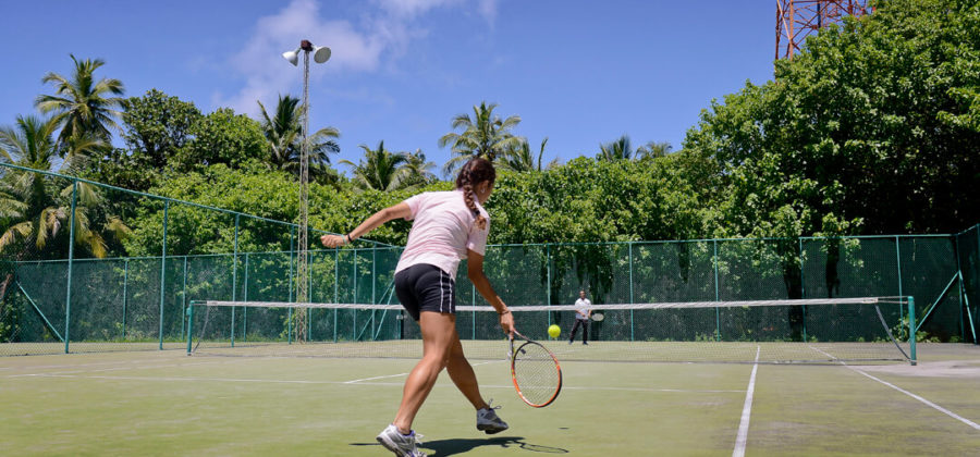 Bandos Island Resort Tennis