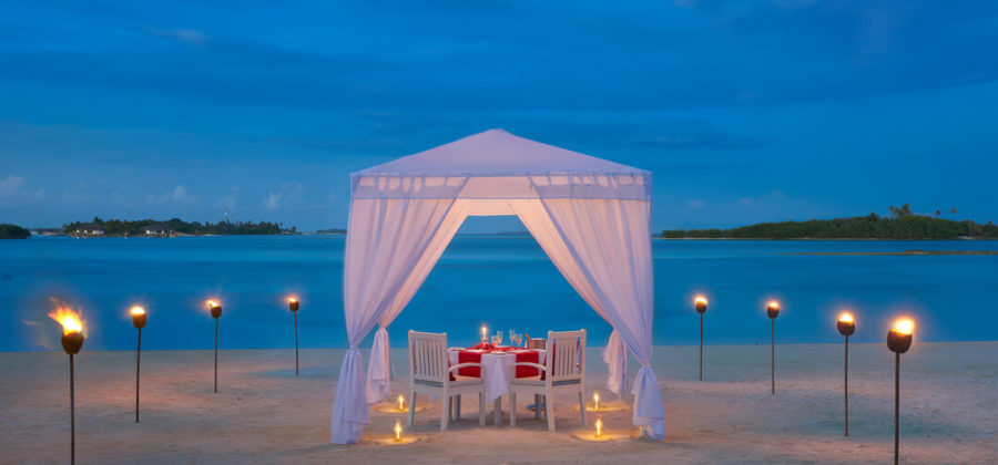 Cinnamon Dhonveli Romantic Dining