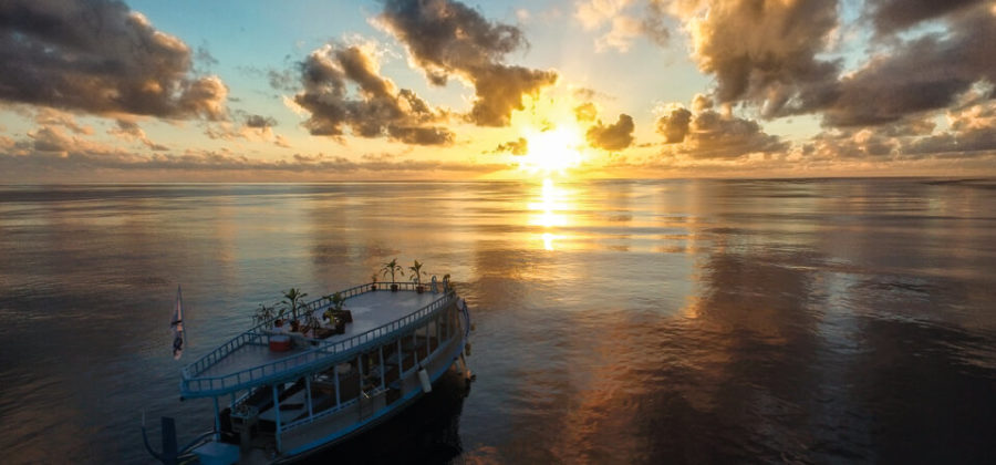 Constance Moofushi Sunset Cruise