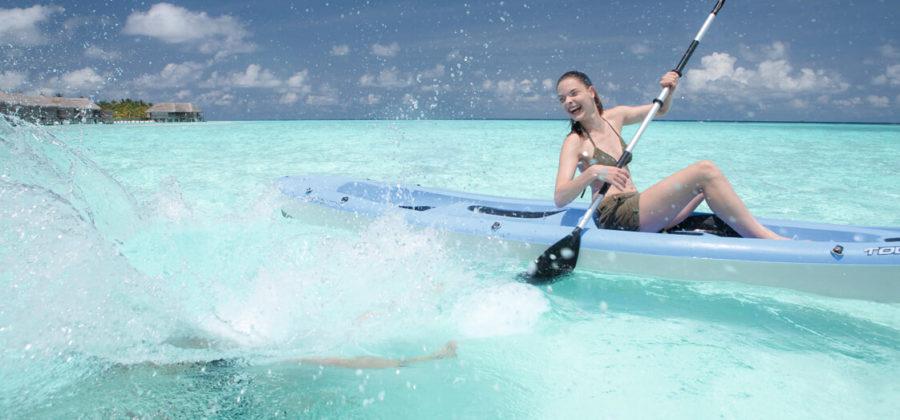 Constance Moofushi Wassersport Kajak