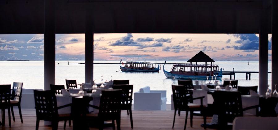Diamonds Thudufushi Aqua Over Water Restaurant Ausblick