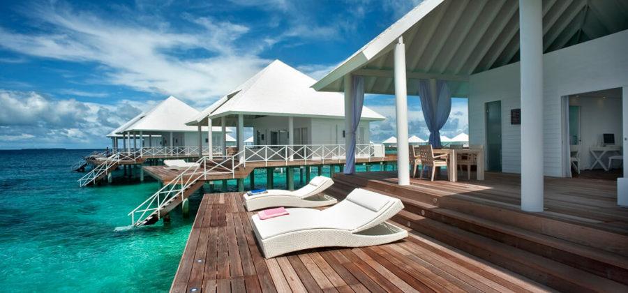 Diamonds Thudufushi Jacuzzi Water Villa Terrasse
