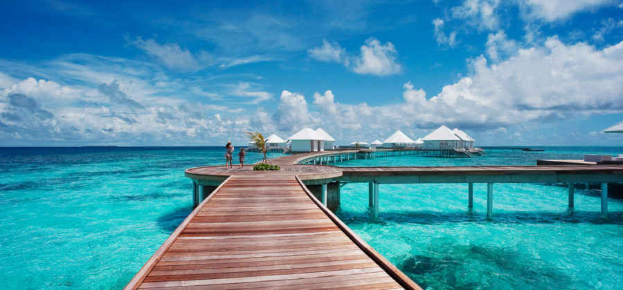 Diamonds Thudufushi Steg