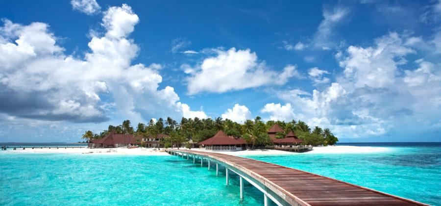 Diamonds Thudufushi Steg und Insel