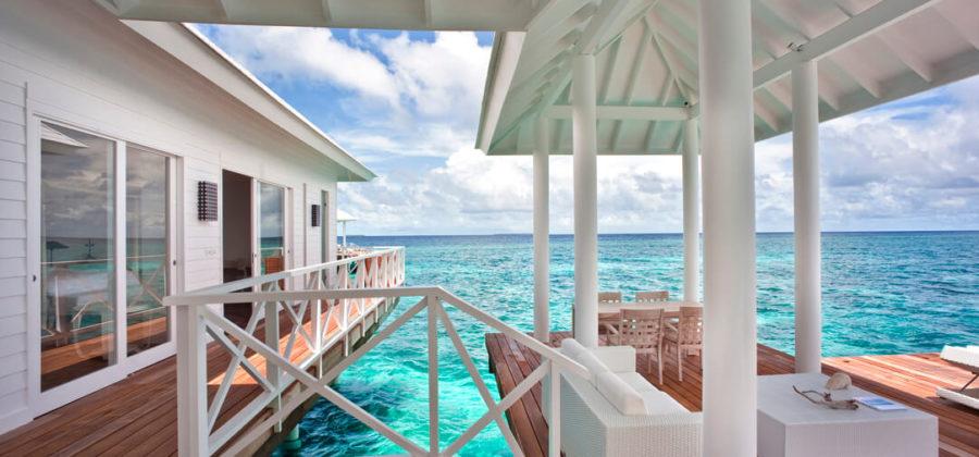 Diamonds Thudufushi Two Bedroom Water Villa Terrasse