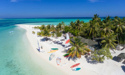 9 Tage im Holiday Island Resort & Spa (4*), mit VP, inkl. Flug & Transfer