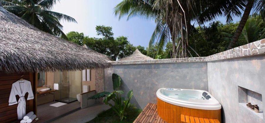 Kuramathi Beach Villa with Jacuzzi