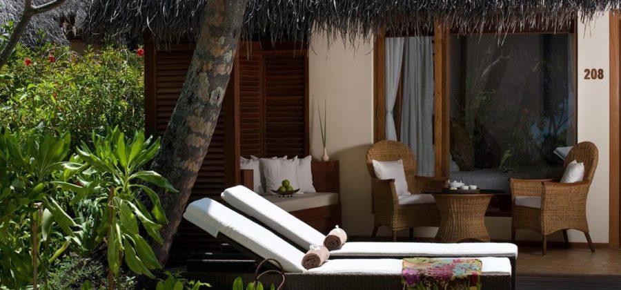 Kuramathi Deluxe Beach Villa with Jacuzzi