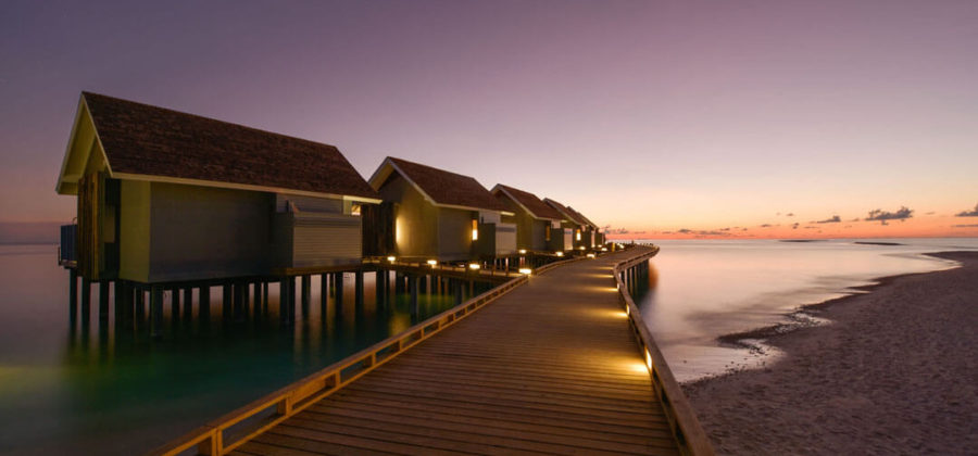 Kuramathi Sunset Pool Villa Steg