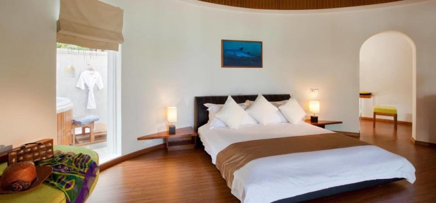 Kuramathi Superior Beach Villa with Jacuzzi