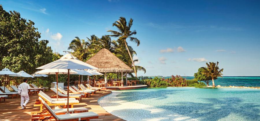 Lux South Ari Atoll Veli Pool Bar