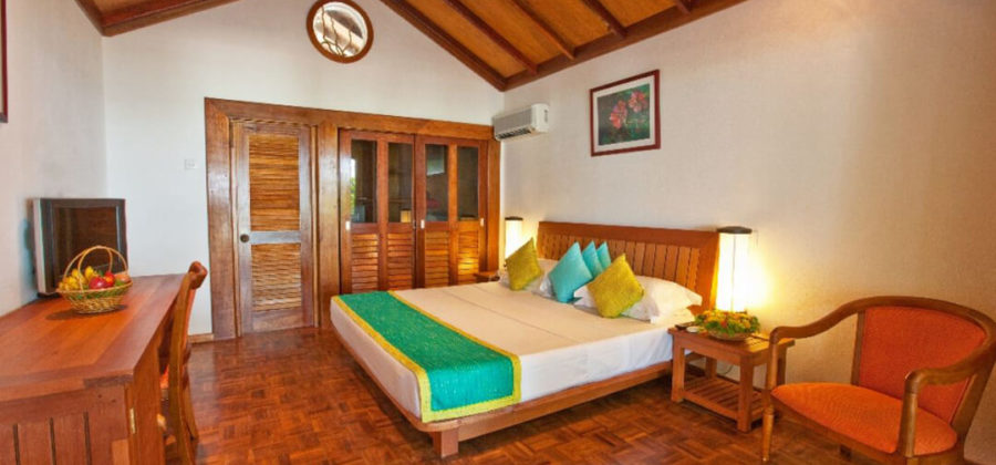 Reethi Beach Resort Standard Villa