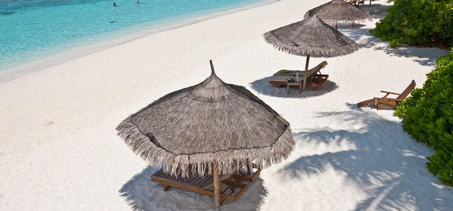 Reethi Beach Resort Strand