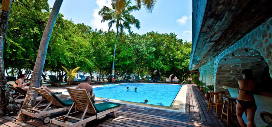 Reethi Beach Resort Veyo Pool Bar