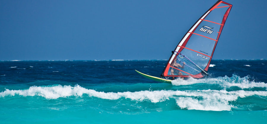 Reethi Beach Resort Windsurfen