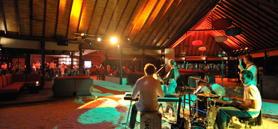 Robinson Club Maldives Unterhaltung