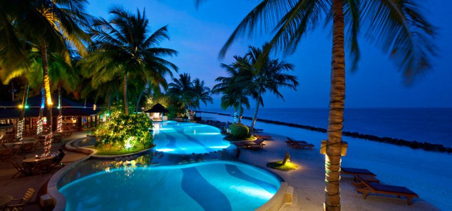 Royal Island Pool