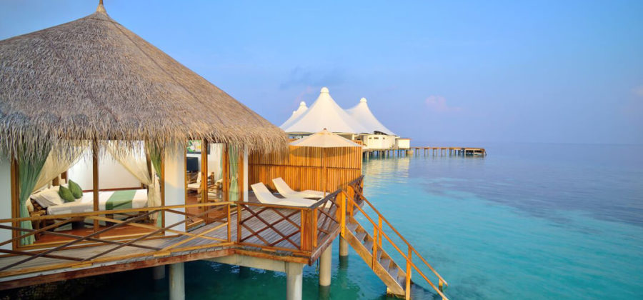 Safari Island Resort Water Villa aussen