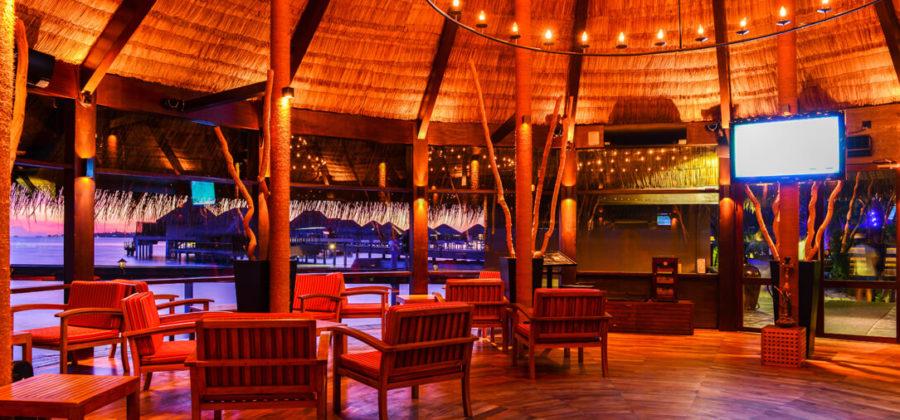 Adaaran Prestige Vadoo Main Bar