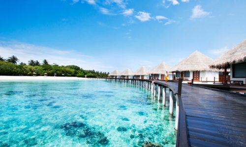 Adaaran Prestige Water Villas Strand Steg