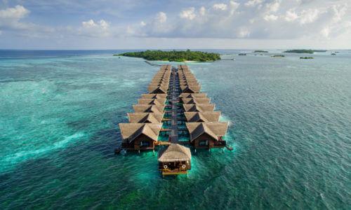 10 Tage in einer Ocean Villa des Adaaran Select Hudhuranfushi (4*), mit AI, inkl. Zug, Flug & Transfer