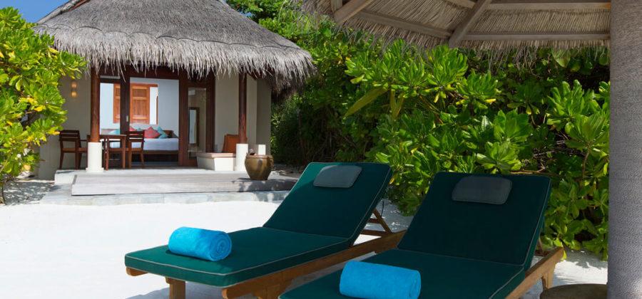 Anantara Dhigu Sunset Beach Villa Exterior