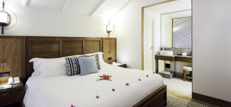 Centara Grand Island Beach Suite Bett