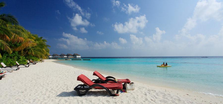 Centara Grand Island Strand und Treetboot