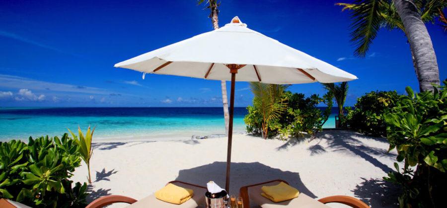 Centara Ras Fushi Ocean Beach Front Villa Liegen