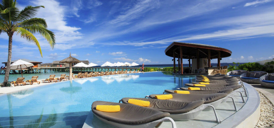 Centara Ras Fushi Swimming Pool