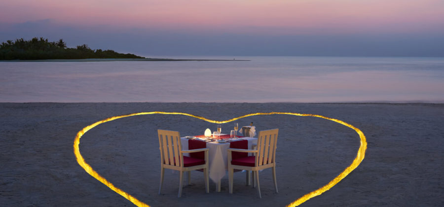 Cinnamon Hakuraa Huraa Romantic Dinner