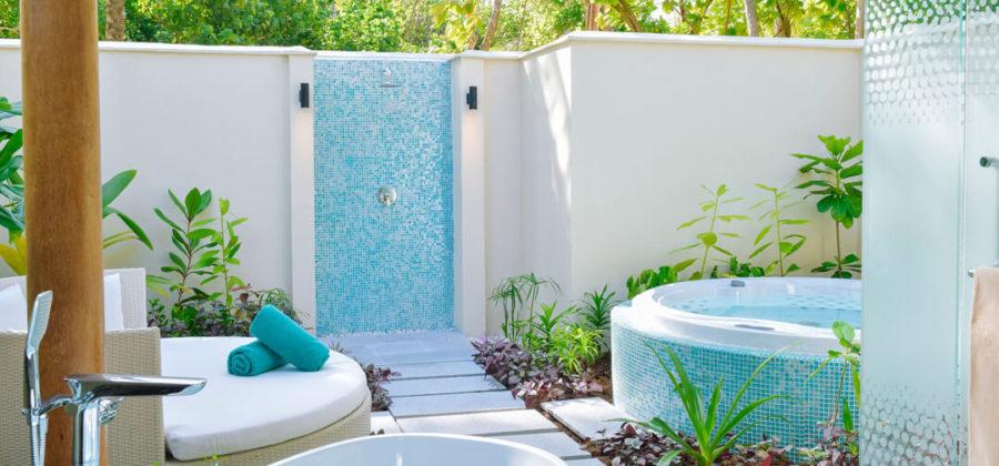 Kandima Beach Villa with Jacuzzi Garten