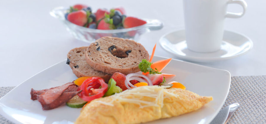 Malahini Kuda Bandos Breakfast