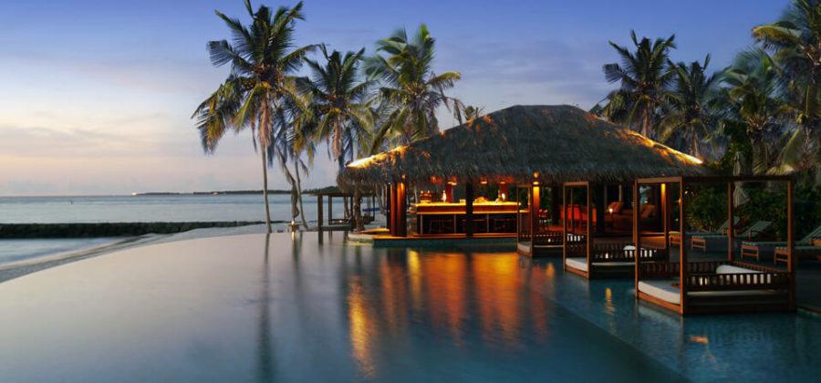 The Residence Maldives Beach Bar