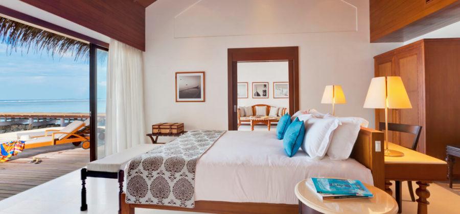 The Residence Maldives Beach Villa Schlafzimmer