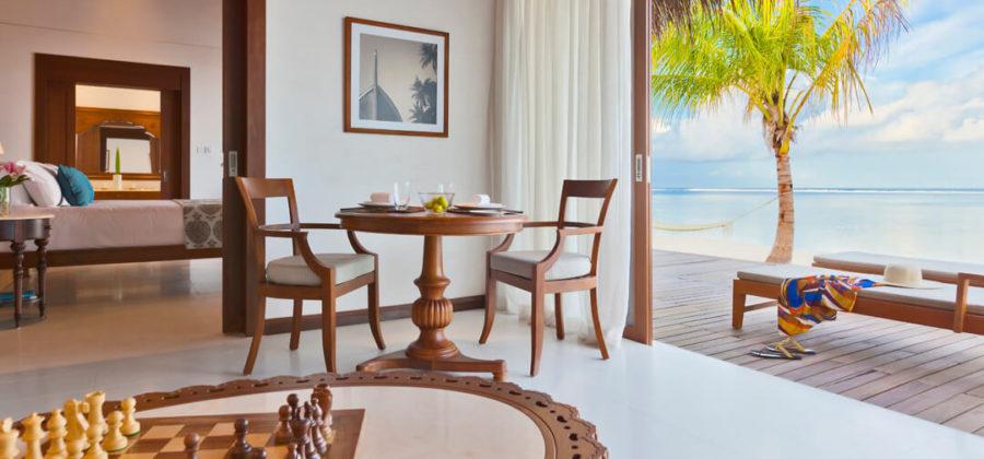 The Residence Maldives Beach Villa Wohnzimmer