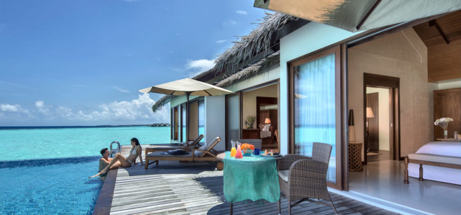 The Residence Maldives Two Bedroom Water Pool Villa Terrasse