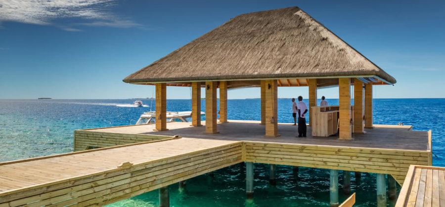 Kudafushi Resort und Spa Ankunftssteg