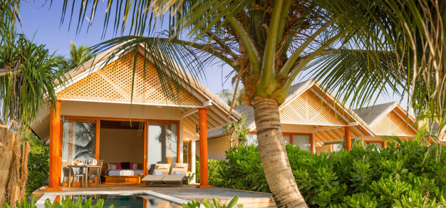 Kudafushi Resort und Spa Beach Villa with Pool