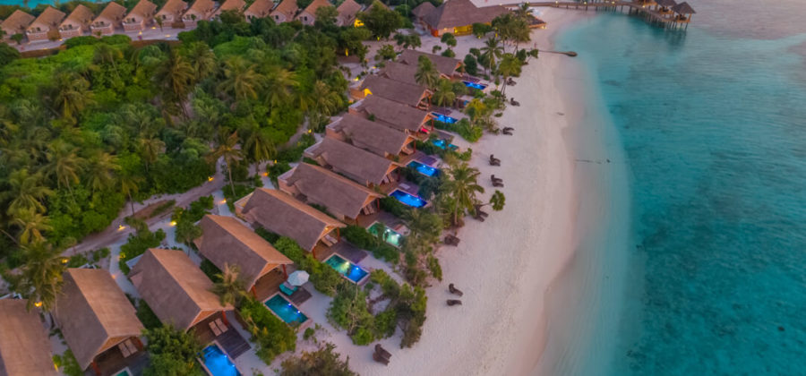 Kudafushi Resort und Spa Beach Villas with Pool